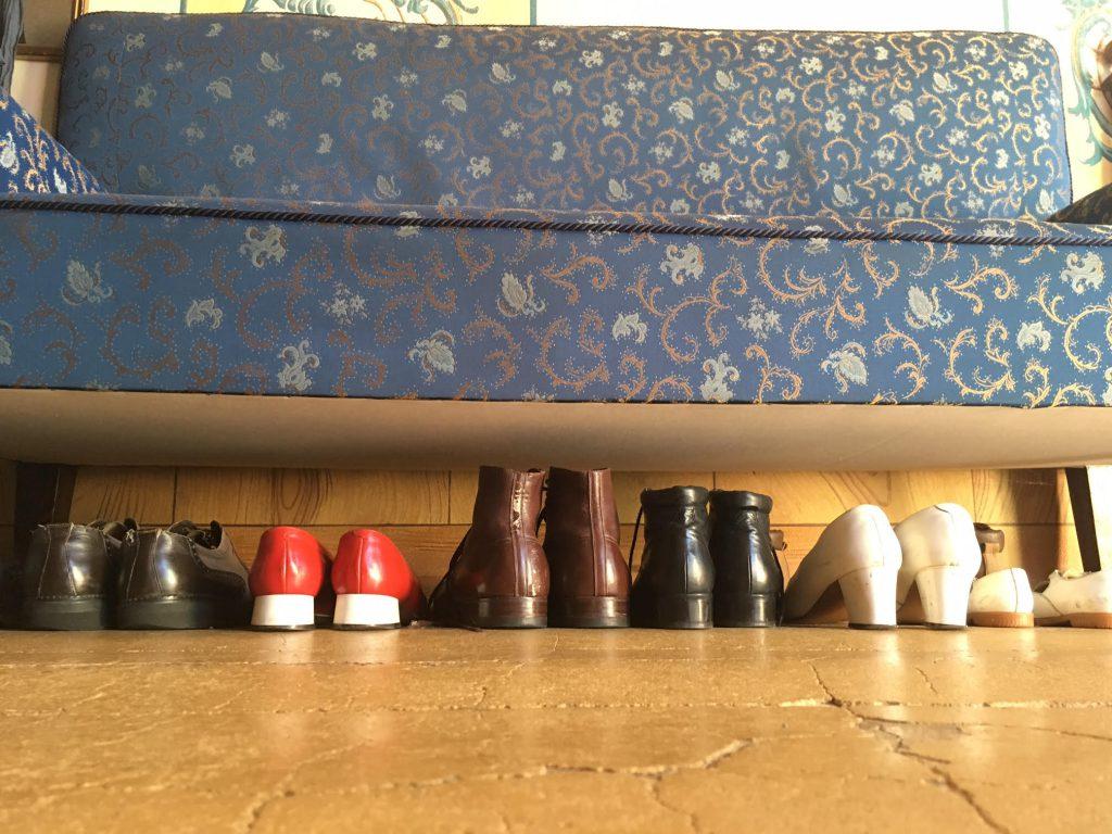 נעליים לצילומים בסטודיו של Josef Seidel