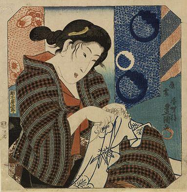 אישה יפנית עוסקת במלאכת השיבורי