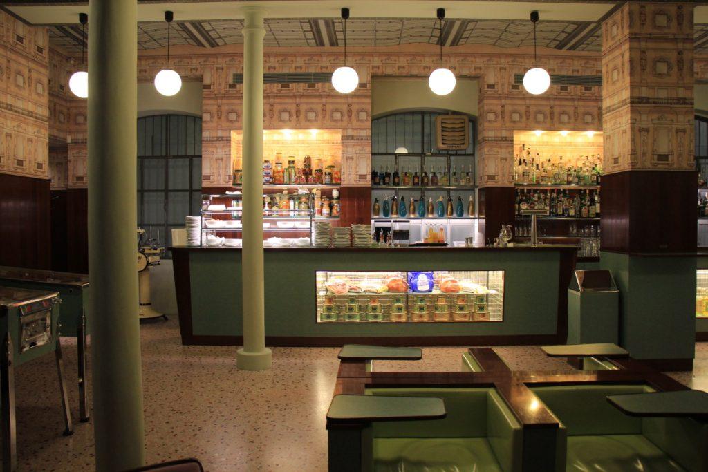 bar_luce בר לוק מילאנו