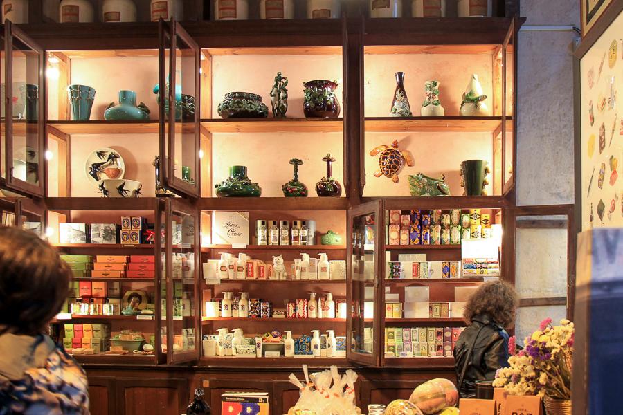 a vida portuguesa shop פרטים יפים בחנות